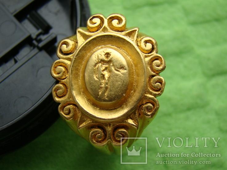 Перстень печатка Рим , золото, середина 3 ст. нашої ери.