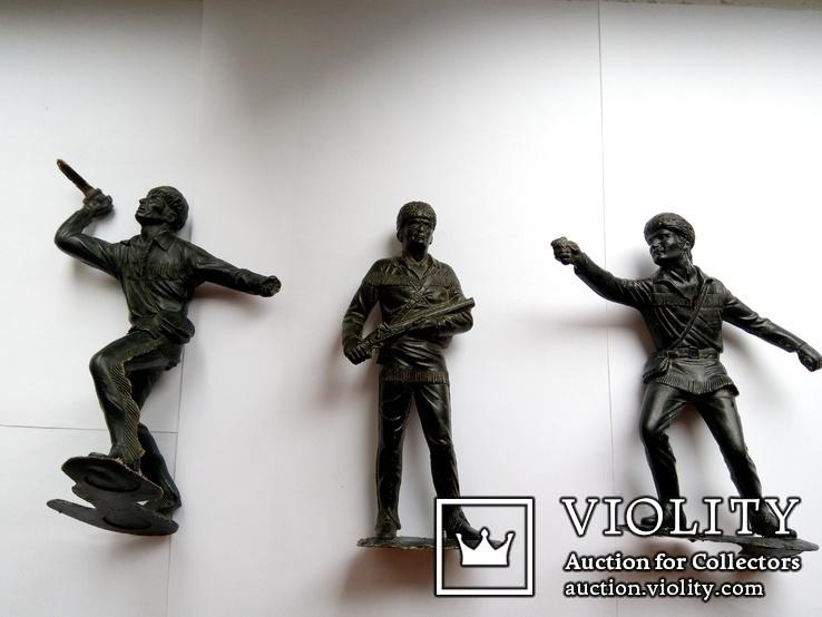 Большие фигурки воинов (3 штуки), фото №2