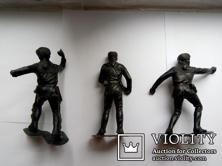 Большие фигурки воинов (3 штуки), фото №3