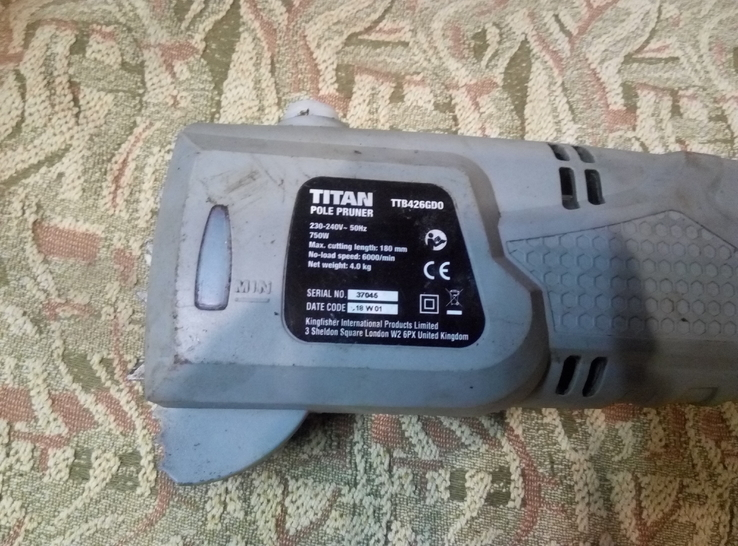 Електропилка TITAN TTB426GDO