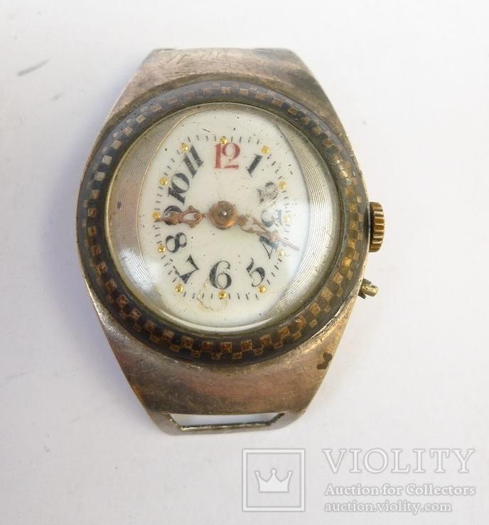 Старинные наручные Швейцарские часы в серебре с чернью.