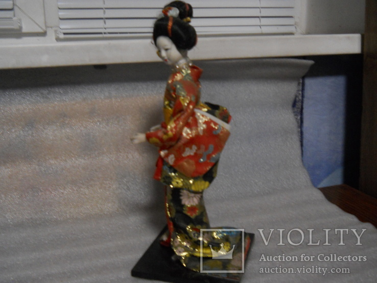 Кукла фарфоровая Китаянка высота 38 см, фото №3