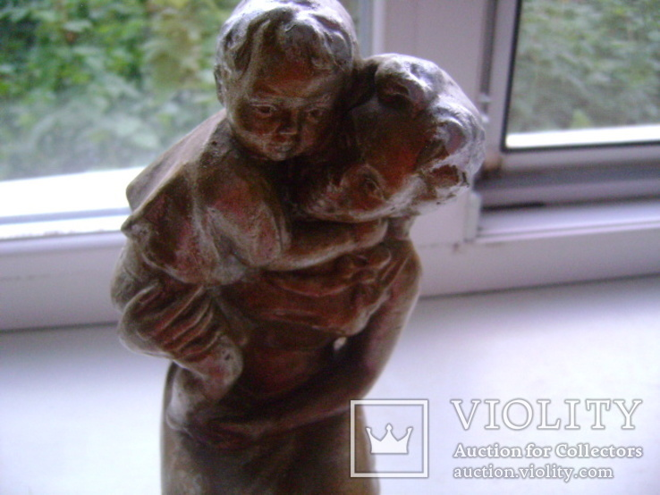 Мама с ребенком (гипс), фото №13