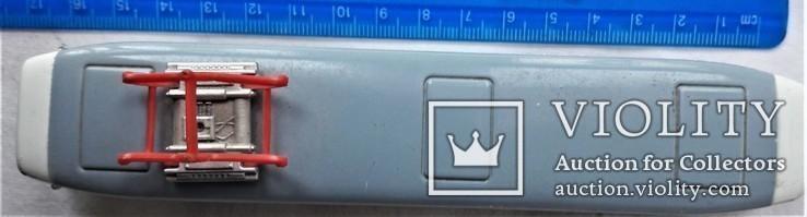 Трамвай Татра 1:87 НО для макета Ж/Д, инерционный, фото №3