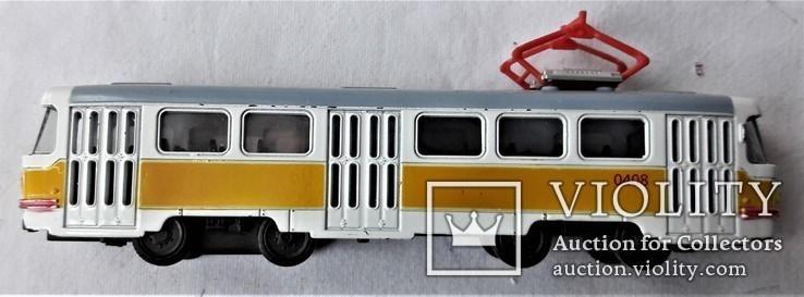 Трамвай Татра 1:87 НО для макета Ж/Д, инерционный, фото №7