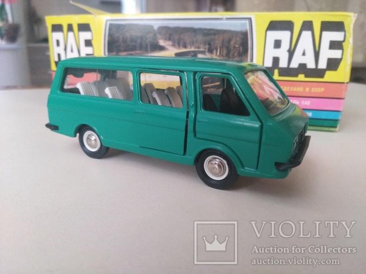 РАФ микроавтобус