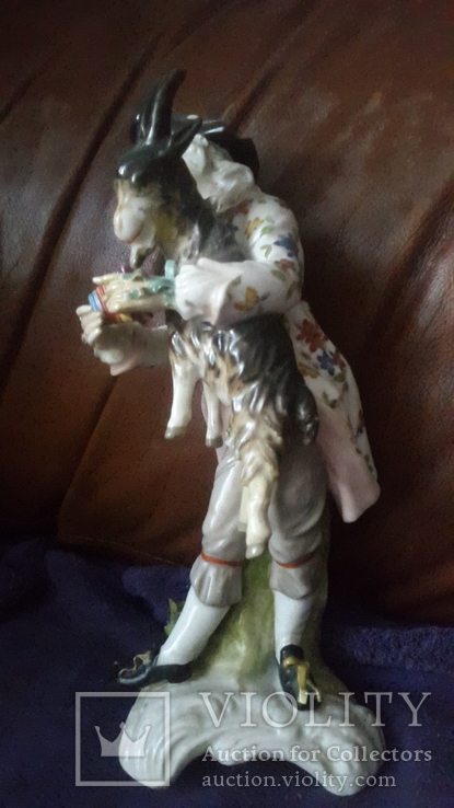 Старинная фарфоровая фигурка Мейссен с клеймом АвгустРекс, фото №3
