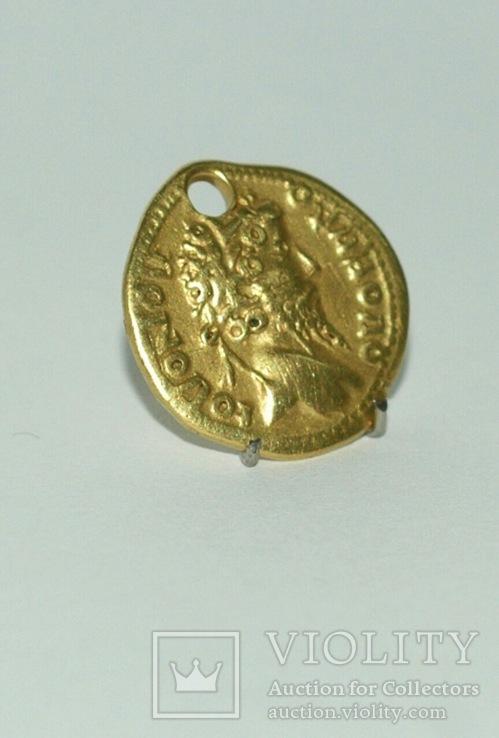 Монета ауреус