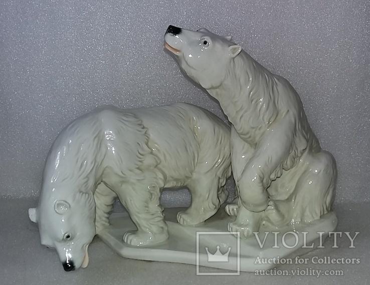Фарфор. Karl Ens. Germany. Германия. Белые медведи. Пара.