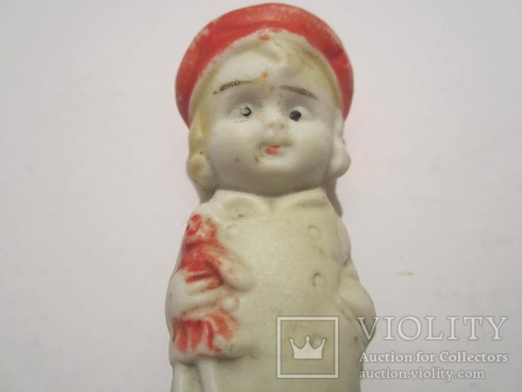 Антикварная фарфоровая кукла с игрушкой 7см Япония, фото №4