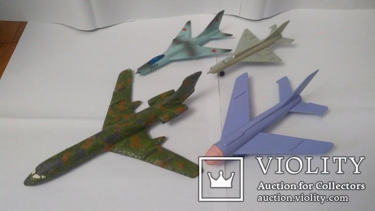 4 самолета (СССР)