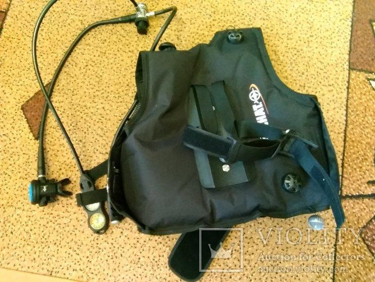 Жилет-компенсатор плавучести,регулятор,консоль с приборами, фото №2