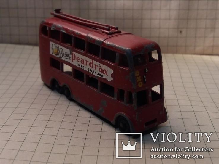 Троллейбус двохэтажный London trolleybus by lesney N 56