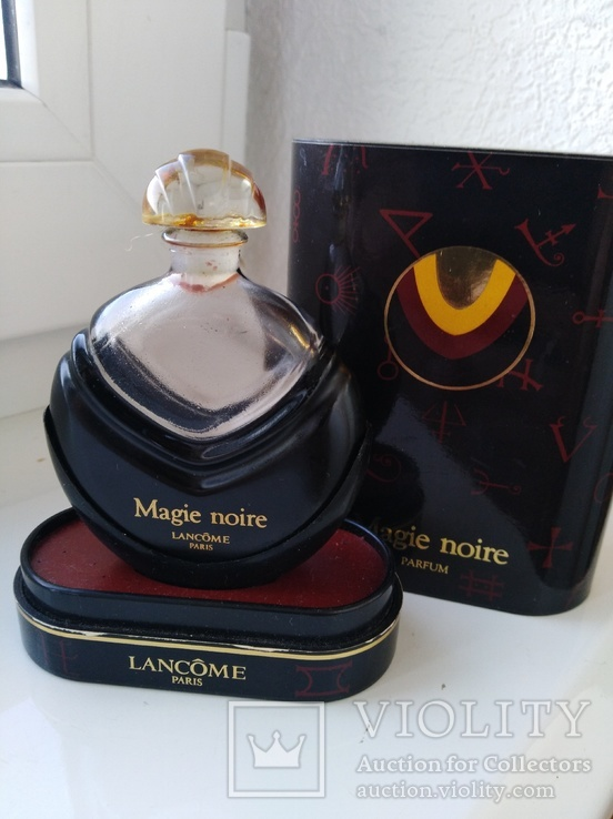 Флакон и коробка с остатками духов Magie noire, фото №8