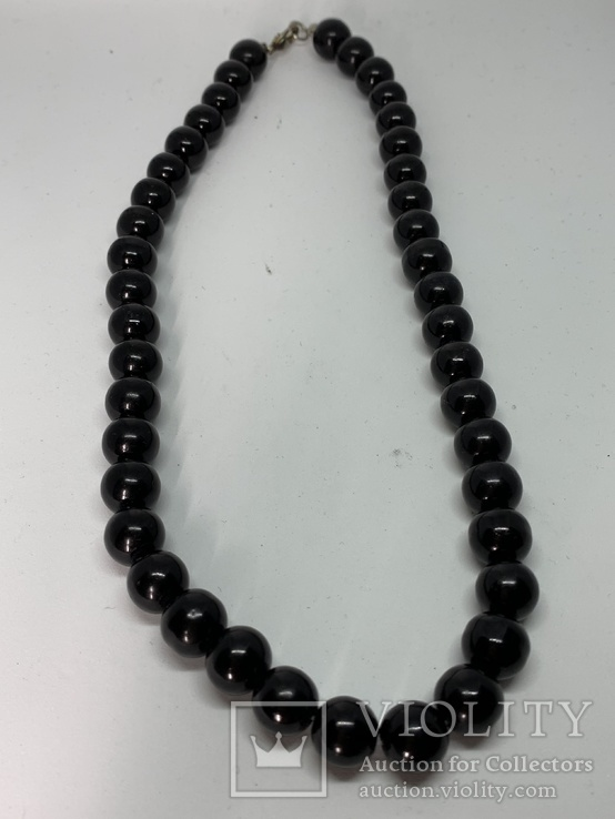 Черные бусы не пластик 56 грамм