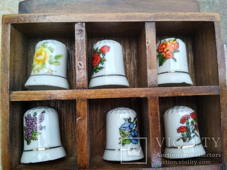 Наперстки Цветы набор на полке настенный декор, фото №4
