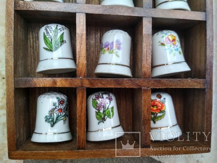 Наперстки Цветы набор на полке настенный декор, фото №6
