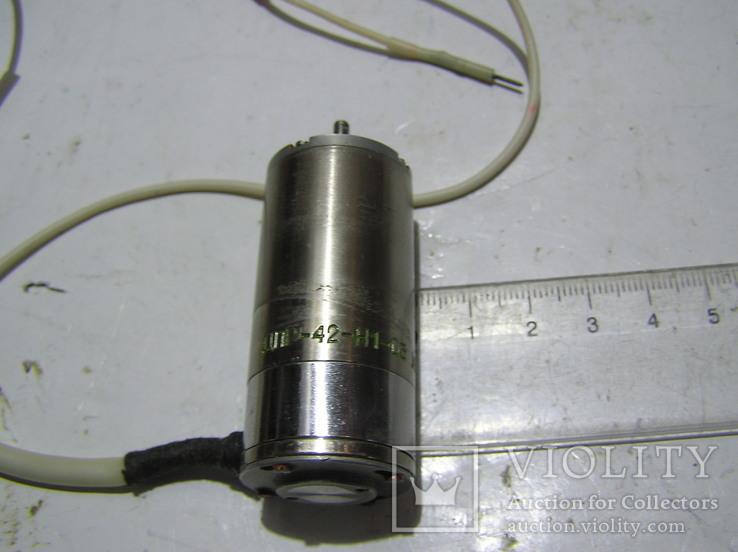 Эл. двигатель ДПР 42Н1-03. Лёгкое б/у., фото №3