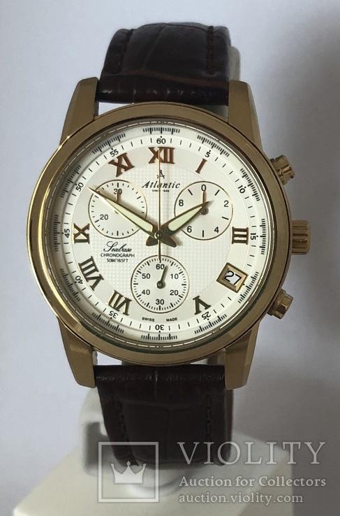 Часы Atlantic Seabase Chronograph