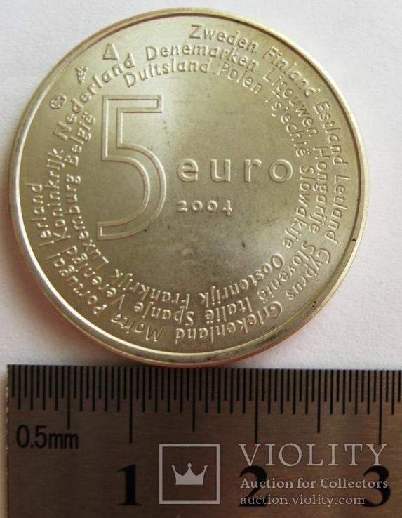 """Нидерланды, 5 серебряных евро """"Расширение ЕС"""" 2004 г., фото №5"""