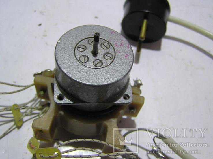 Эл. двигатель УАД 12Ф . Б/у., фото №3