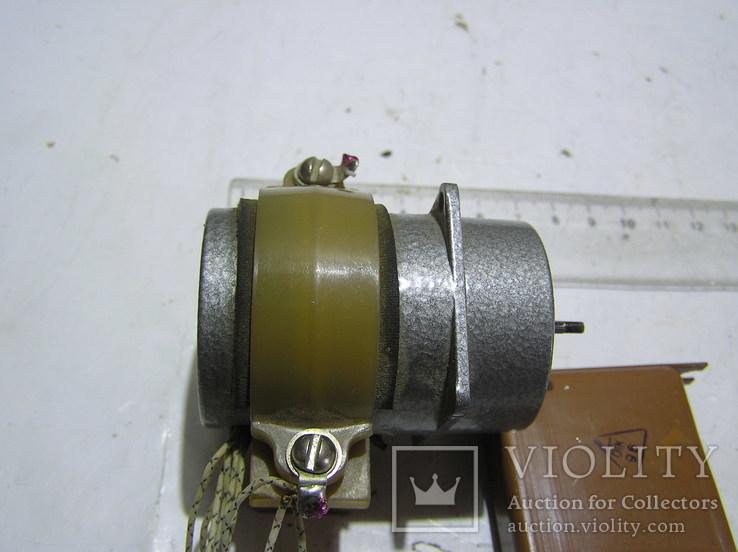 Эл. двигатель УАД 12Ф . Б/у., фото №4