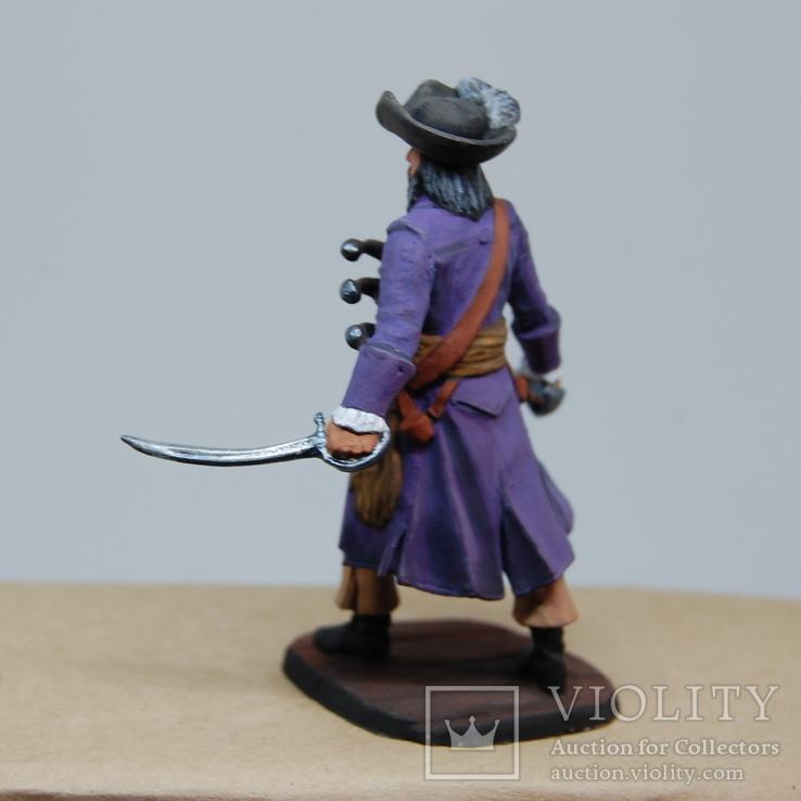 Пират с двумя саблями и тремя пистолетами на груди. Олово, раскрас, фото №7