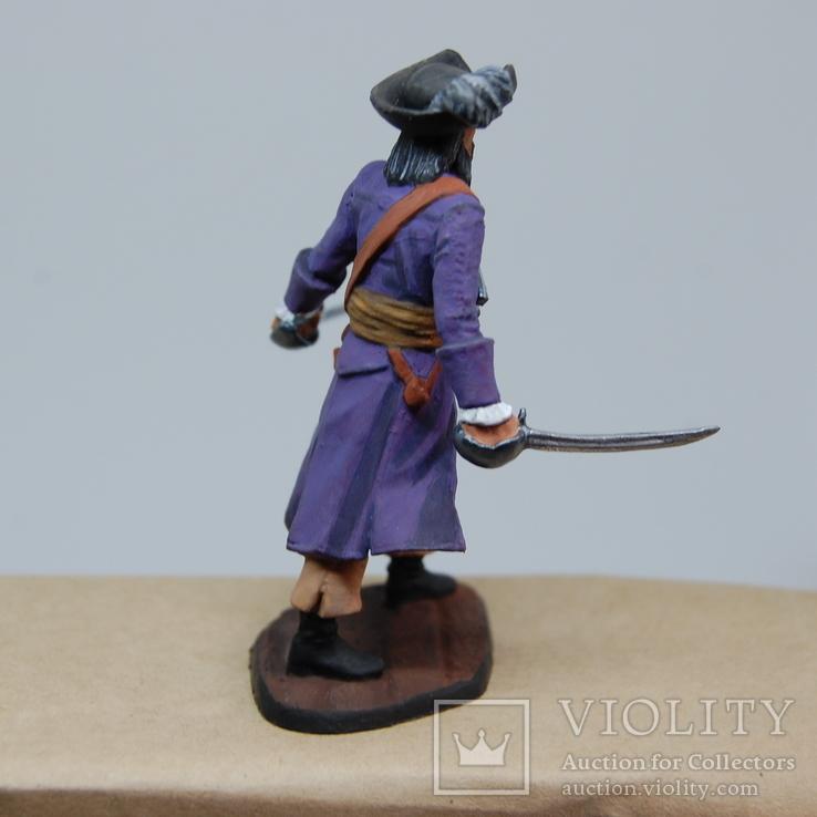 Пират с двумя саблями и тремя пистолетами на груди. Олово, раскрас, фото №9