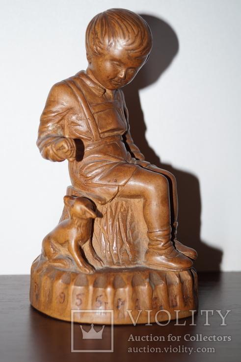 Статуэтка Мальчик с собачкой 1955 год.С грамотой за эту работу., фото №2