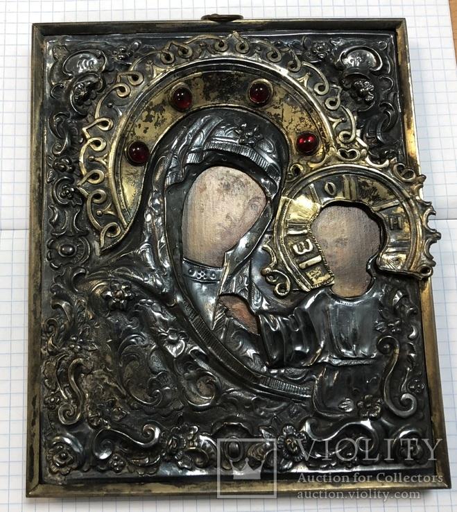 Икона Богородицы в серебряном окладе . 84 проба.