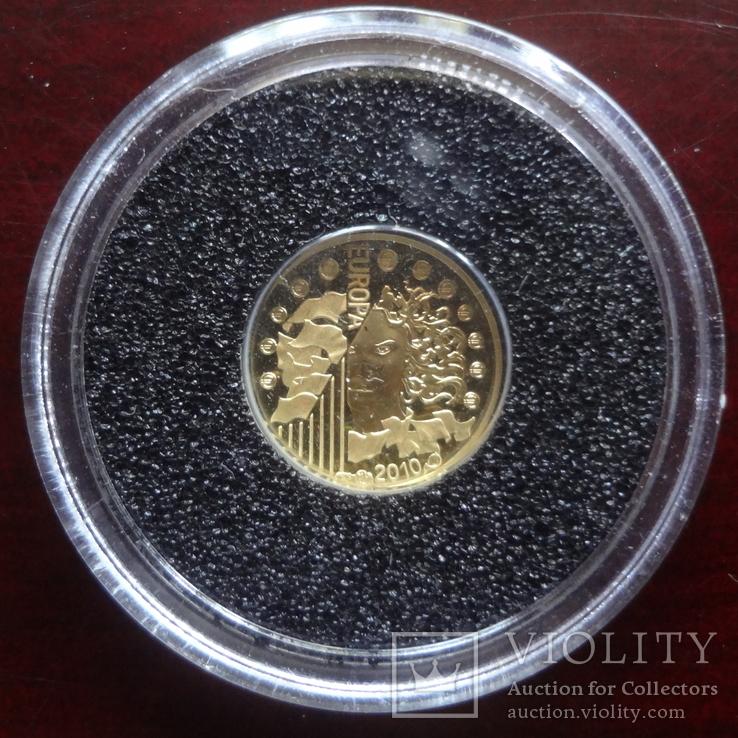 5 евро 2010 Франция 1100 лет Аббатству Клюни   золото 999  тираж 3861, фото №5