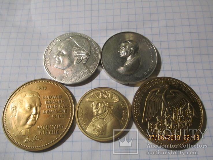 Памятные жетоны 5 штук
