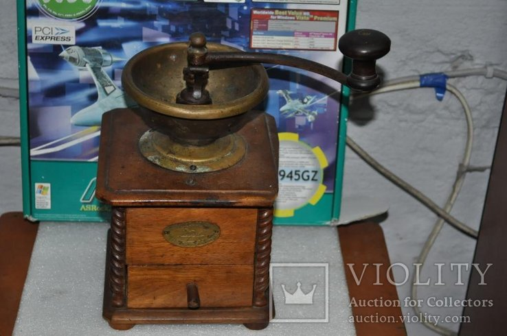Старинная кофемолка Peugeot Freres Valenticney, фото №7