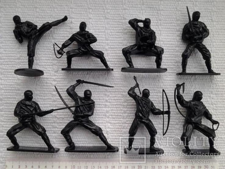 Солдатики, нинзя - 8 штук