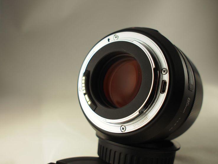 AF Meike 85mm f/1.8, фото №9