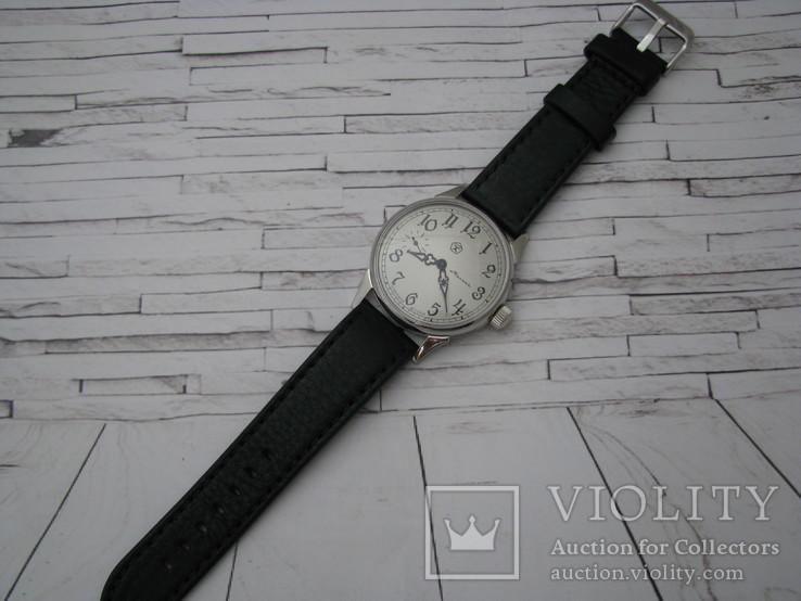 Часы Молния, наручные. Ремешок кожанный новый., фото №6