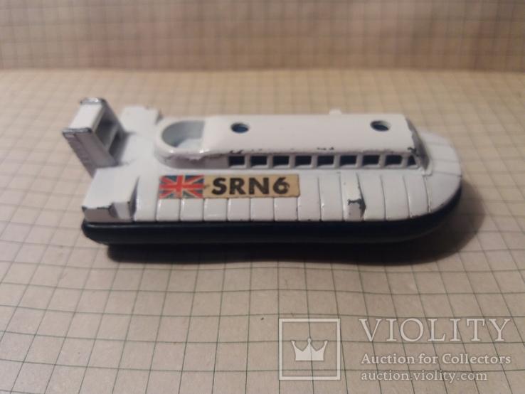 Корабль matchbox n72 srn6 hovercraft, фото №7