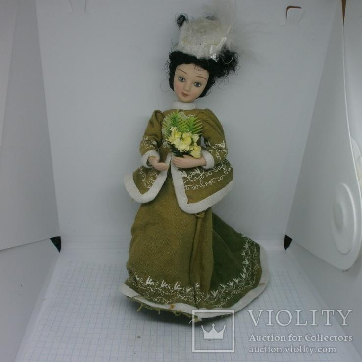 Полностью фарфоровая кукла. 190мм