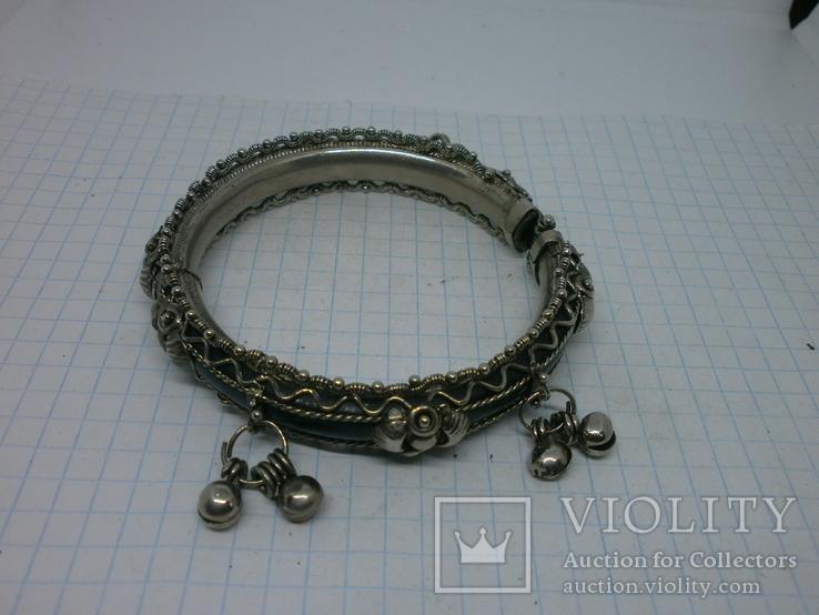 Разжимной браслет с висюльками, фото №4