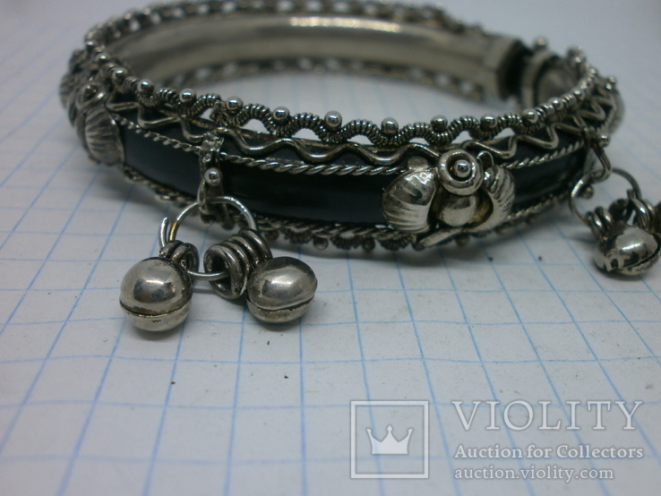 Разжимной браслет с висюльками, фото №5