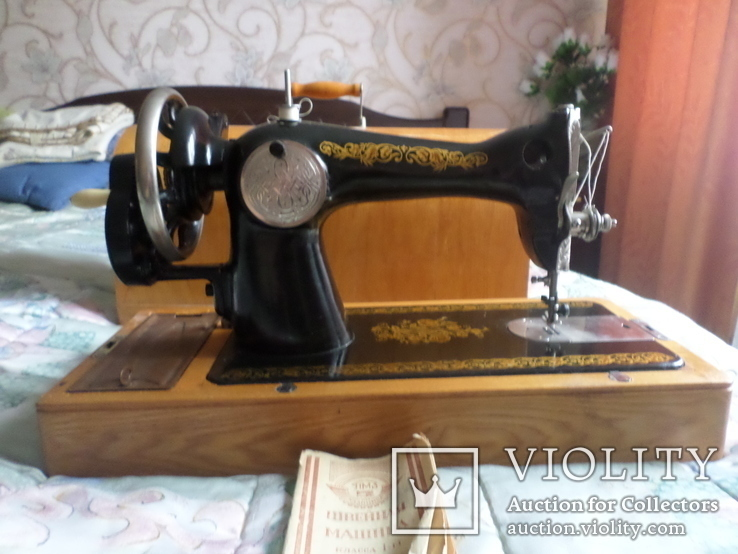 Швейная машинка ПОДОЛЬСК с ручным приводом.Рабочая., фото №2