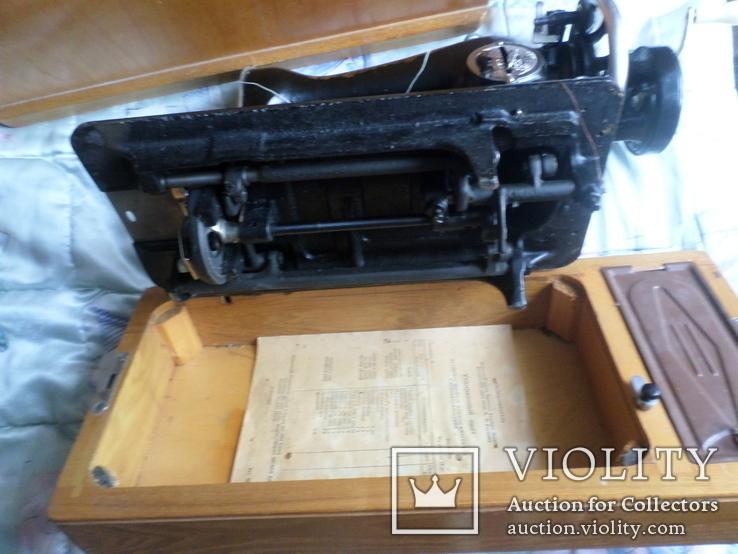 Швейная машинка ПОДОЛЬСК с ручным приводом.Рабочая., фото №6