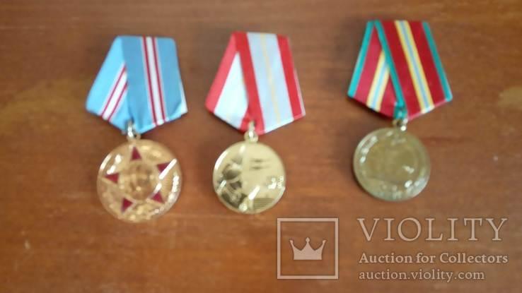 50 лет ВС СССР, 60 лет ВС СССР, 70 лет ВС СССР, три медали, фото №3