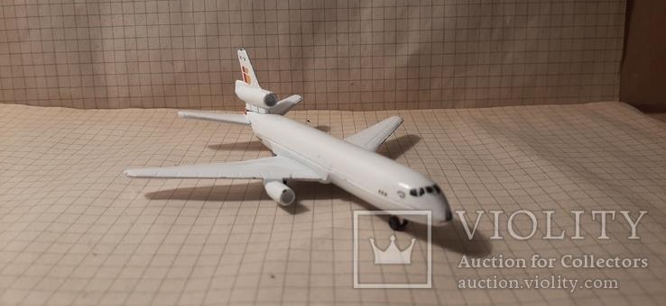 Самолет металический Douglas ds -10 Majorete