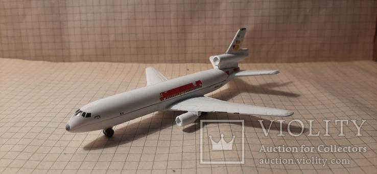 Самолет металический Douglas ds -10 Majorete, фото №3
