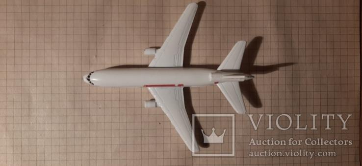 Самолет металический Douglas ds -10 Majorete, фото №4