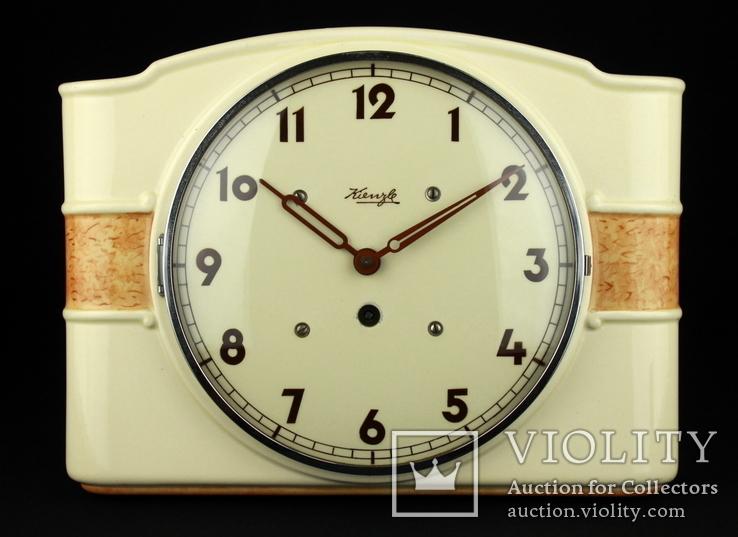 Старые механические настенные часы Kienzle. Германия. (0289)