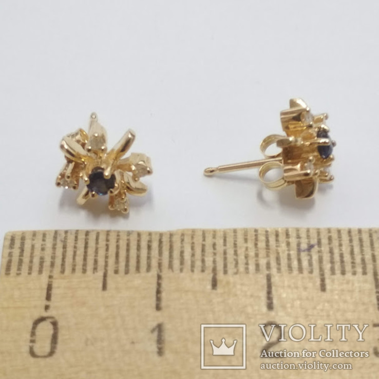 Золотые серьги-гвоздики с сапфирами и бриллиантами, фото №5