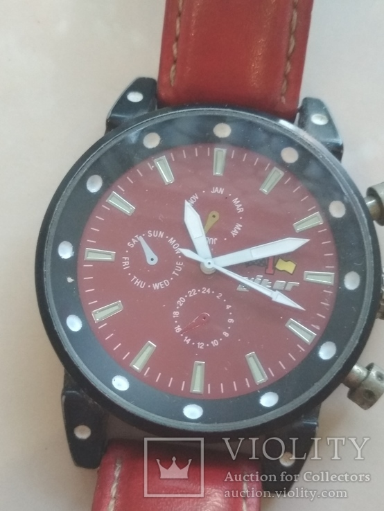 Часы наручные Красные на ходу, фото №4