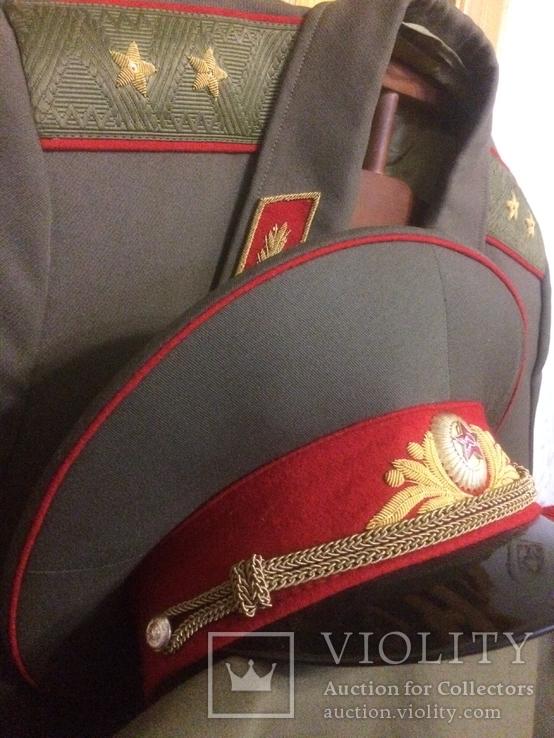 Форма генерала. Фуражка, штаны, плащ, шарф, фото №6